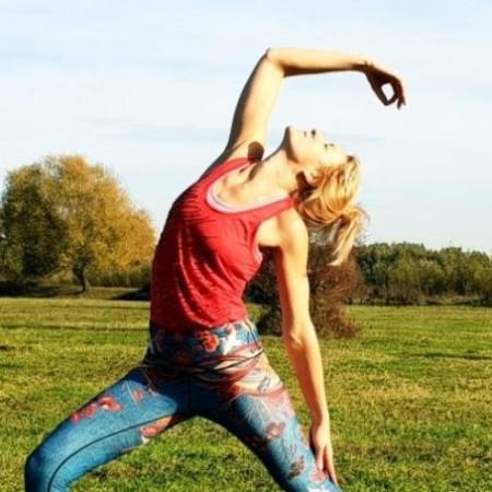 docenten - yoga-wageningen-docent-hanna-vierkant