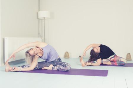 Yin-yoga - Yoga-Wageningen-Yogaschooltje_DSC02644